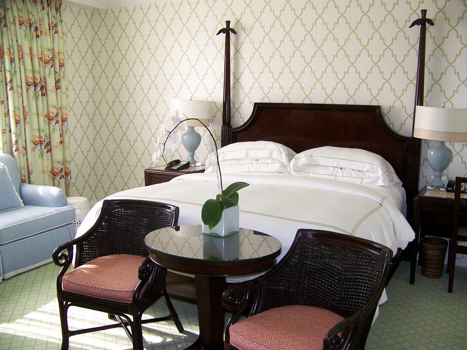 bedroom-394530_960_720