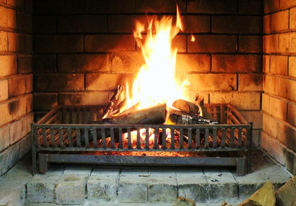 fireplace-535281_960_720