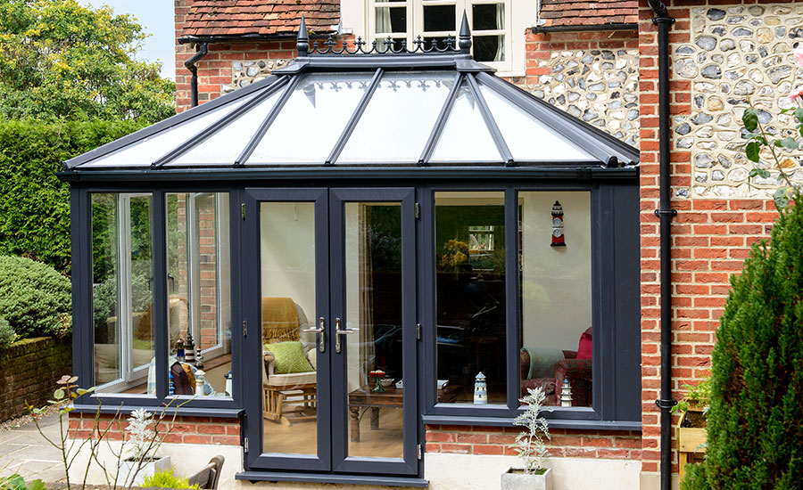 anglian-elizabethan-upvc-conservatory-in-anthracite-grey-dunnings-adj03