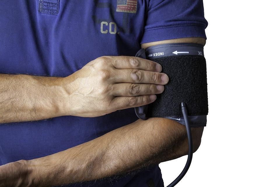 blood-pressure-monitor-1749577_960_720