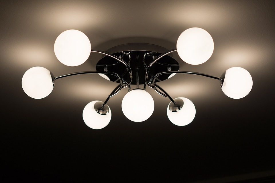ceiling-lamp-335975_960_720