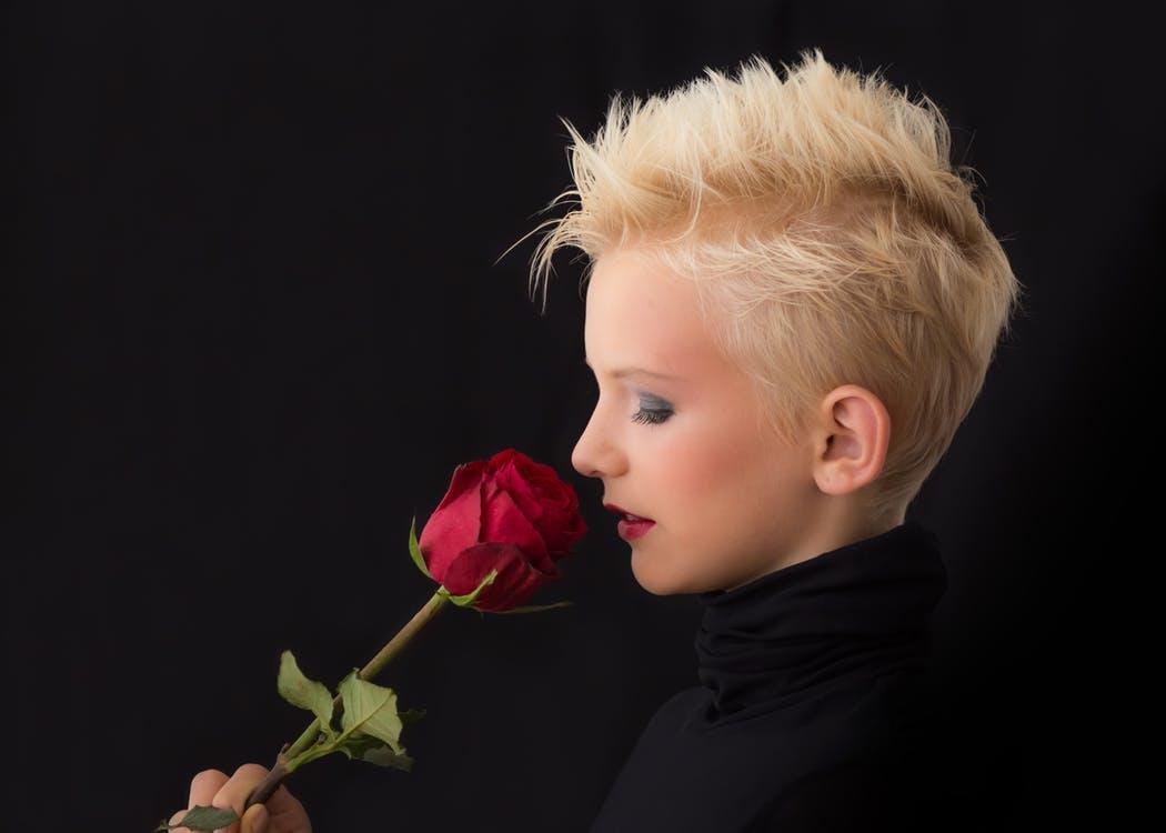 https://www.pexels.com/photo/man-woman-dark-girl-50998/