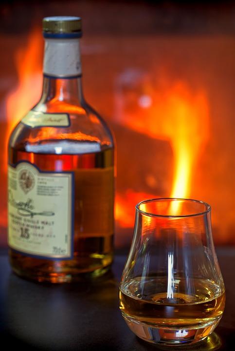 whisky-1872370_960_720